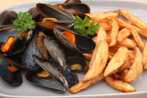 Mussels and Chips in Lille