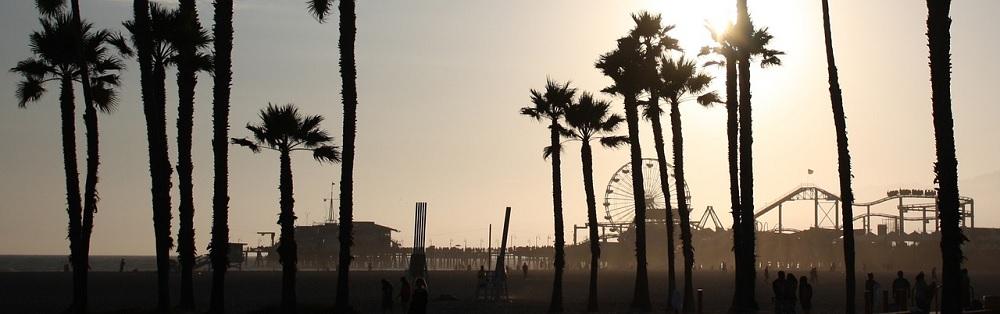 Panoramic view across Sant Monica boardwalk