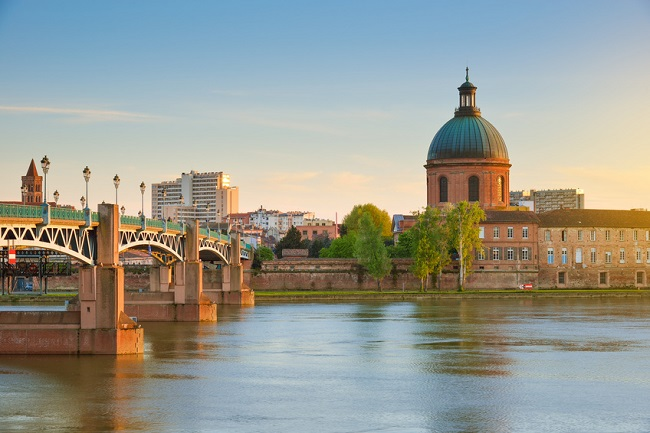 Looking across the river with bridge in Toulouse