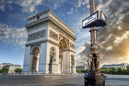 Arc de Triomphe Sixt rent a car