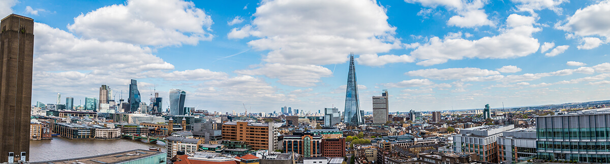 Skyline of London and the Shard building