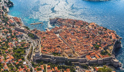 The city wall of the port of Dubrovnik
