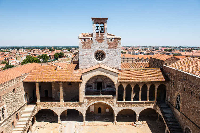 Car Hire In Perpignan Sixt Rent A Car